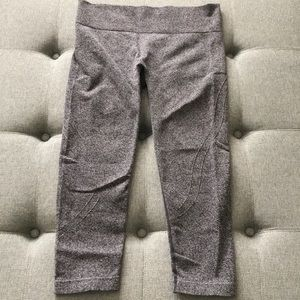 MPG Pants - MPG SPORT gently used Capri. Size Small.